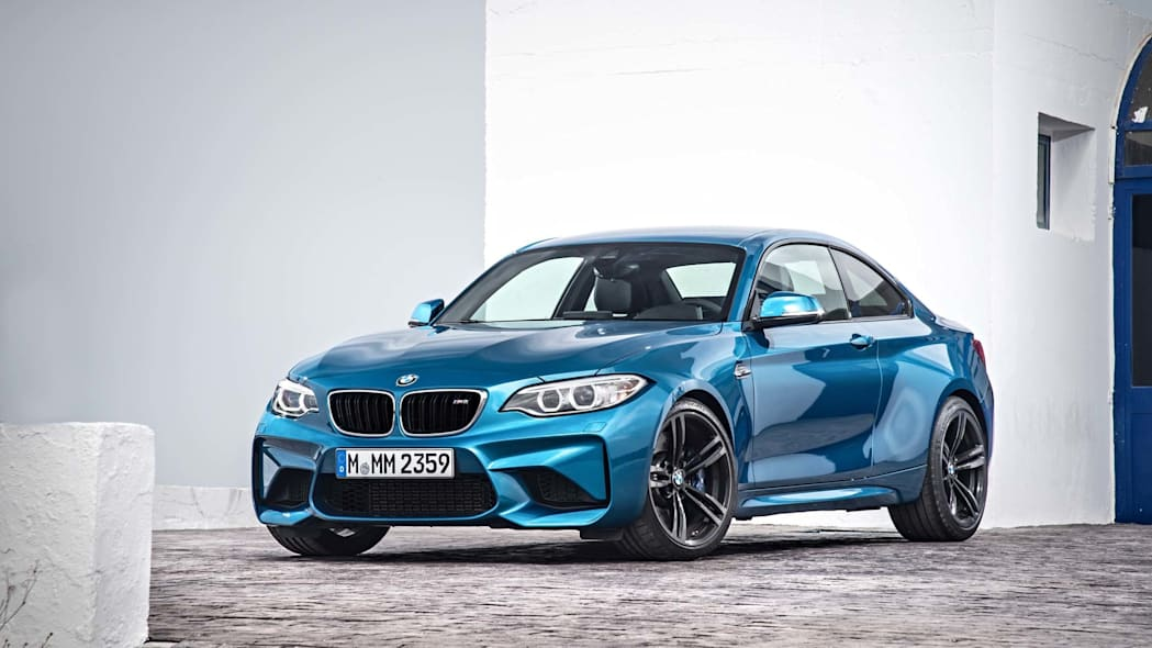 2016 BMW M2 static left front 3/4
