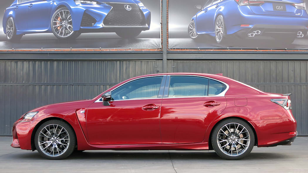 2016 Lexus GS F side view