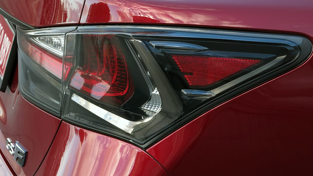 2016 Lexus GS F taillight