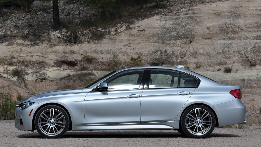 2016 BMW 3 Series side view