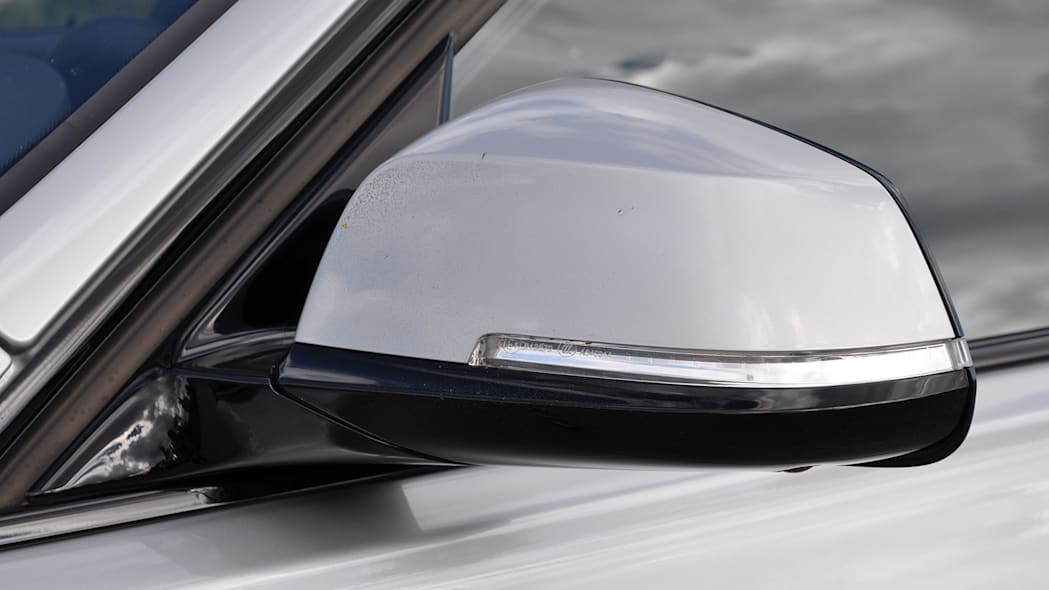 2016 BMW 3 Series side mirror