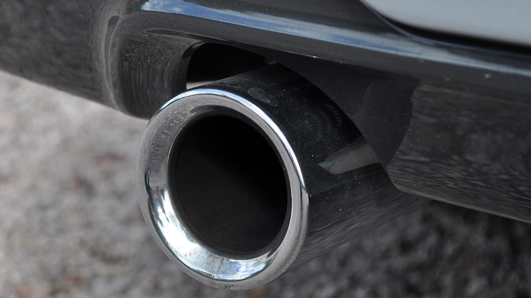 2016 BMW 3 Series exhaust tip