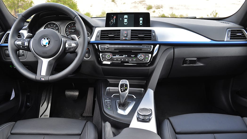 2016 BMW 3 Series interior