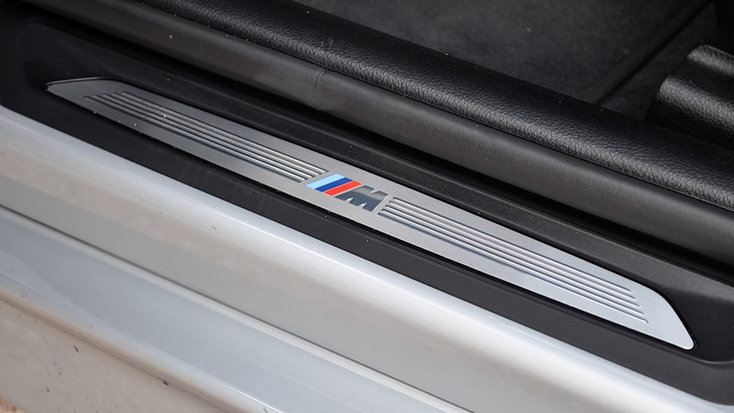 2016 BMW 3 Series sill plate
