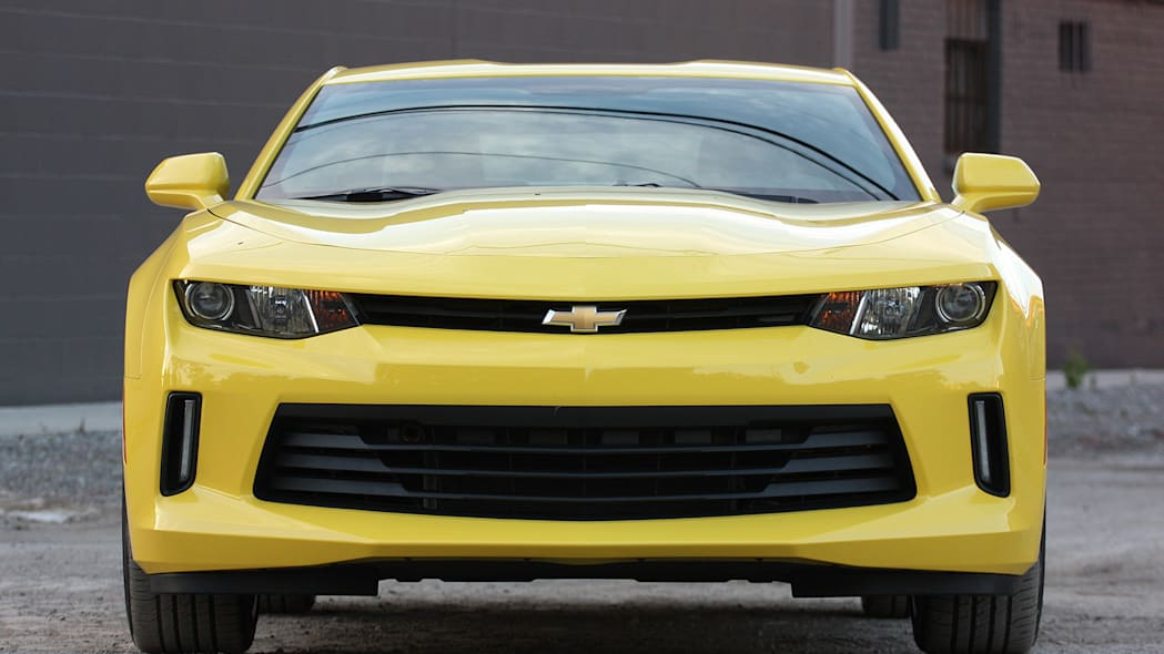 2016 Chevrolet Camaro front view