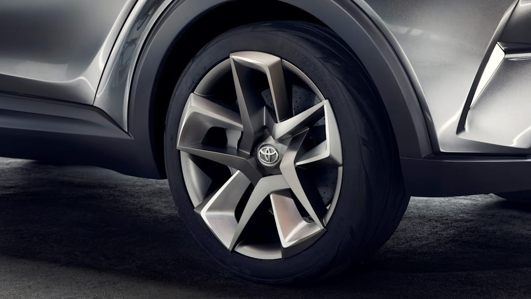toyota c-hr wheels detail