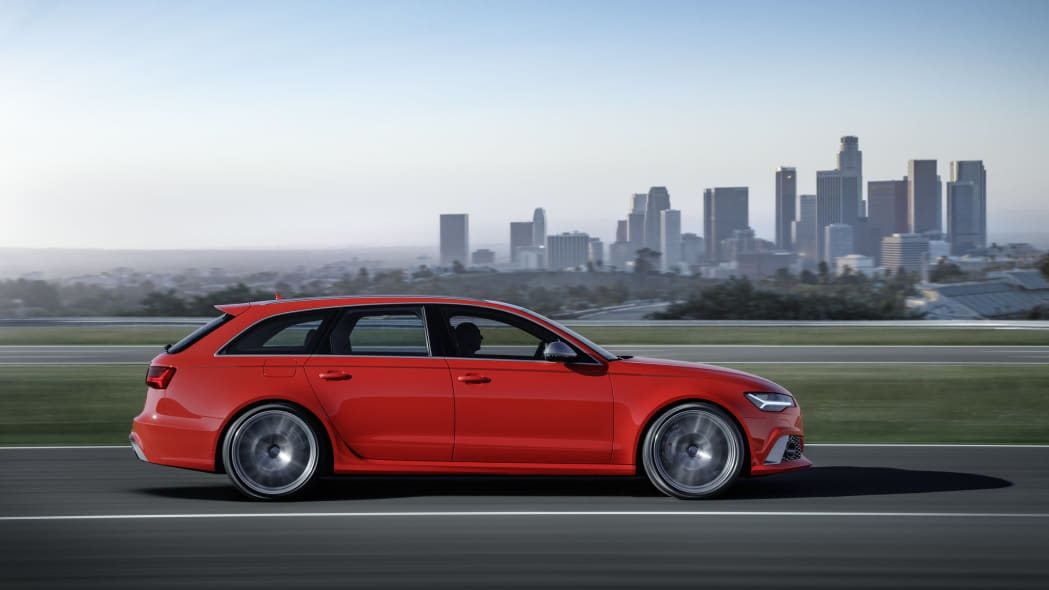 red audi rs6 avant performance profile city