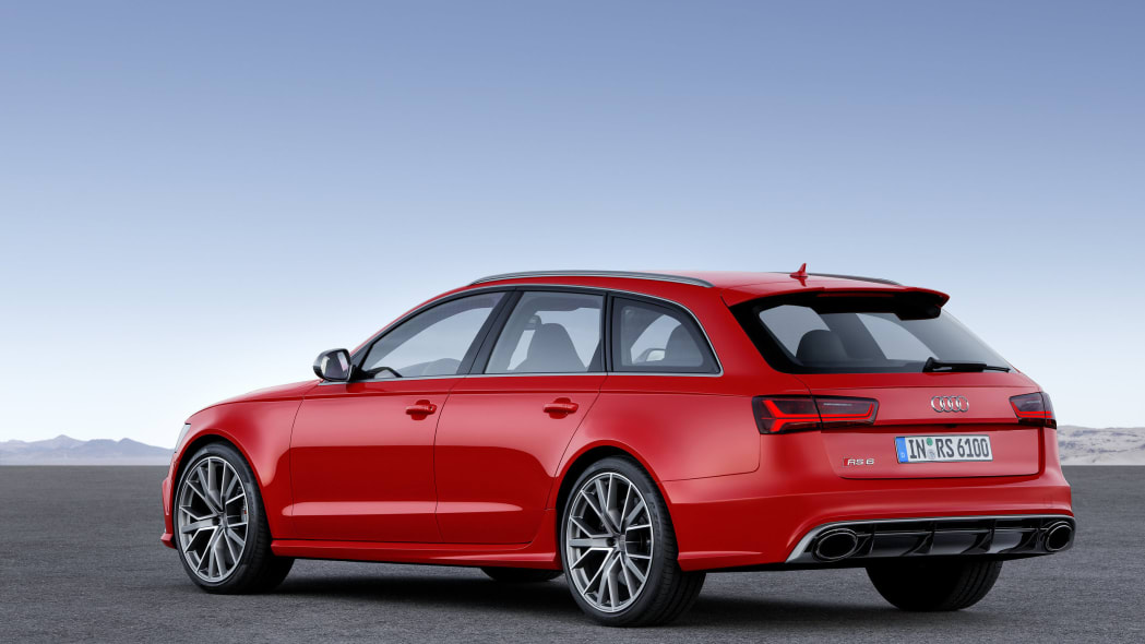 red audi rs6 avant performance rear static