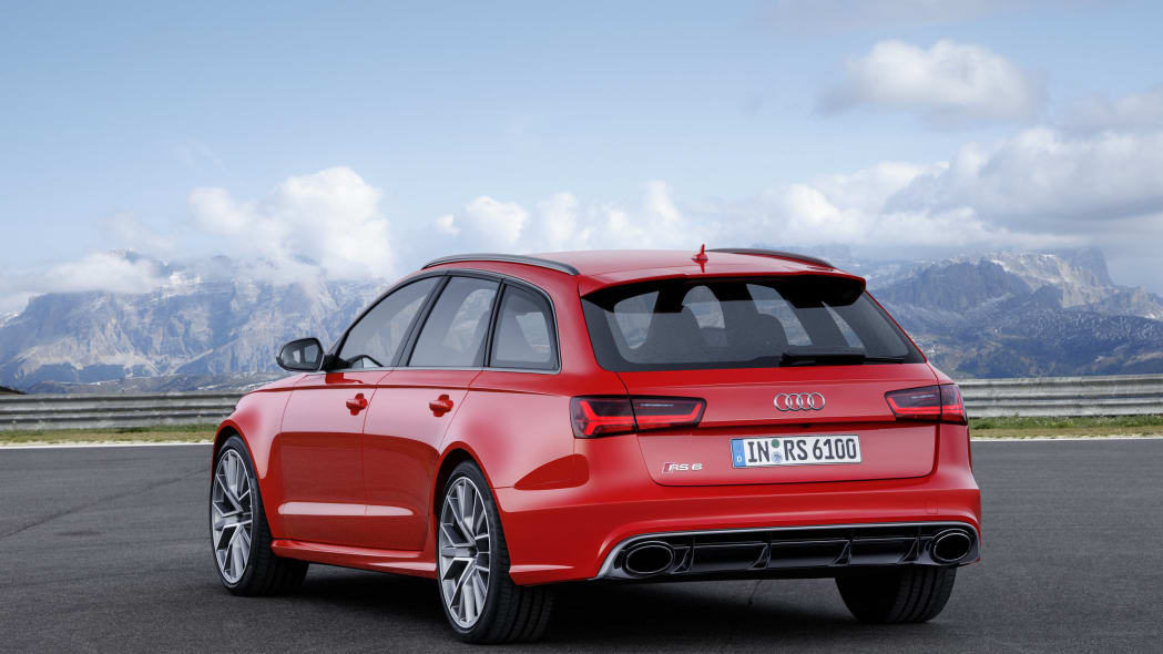 red audi rs6 avant performance rear design