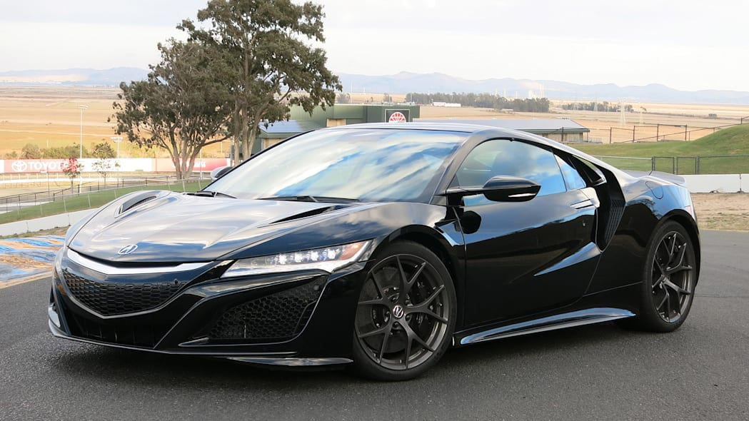2017 Acura NSX front 3/4 view