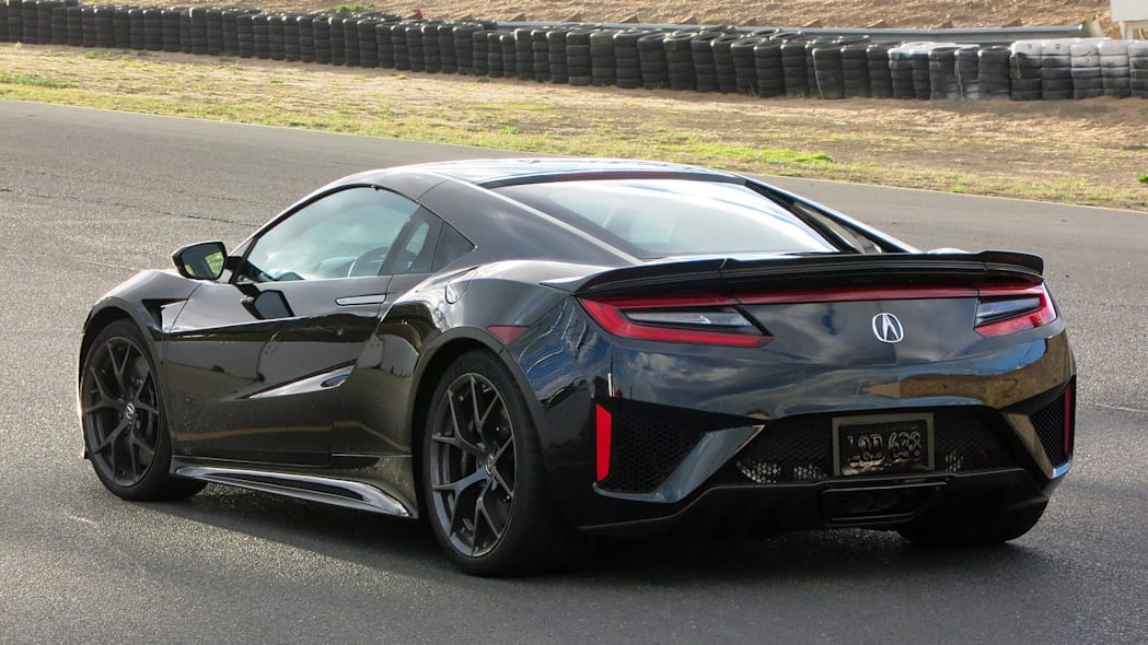 2017 Acura NSX rear 3/4 view