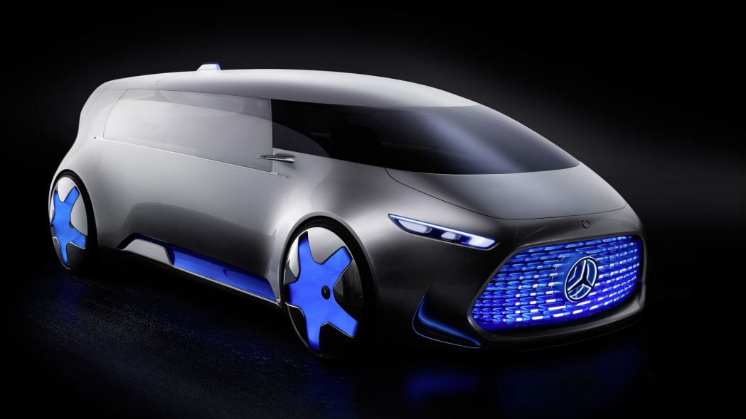 silver mercedes vision tokyo concept three quarters side