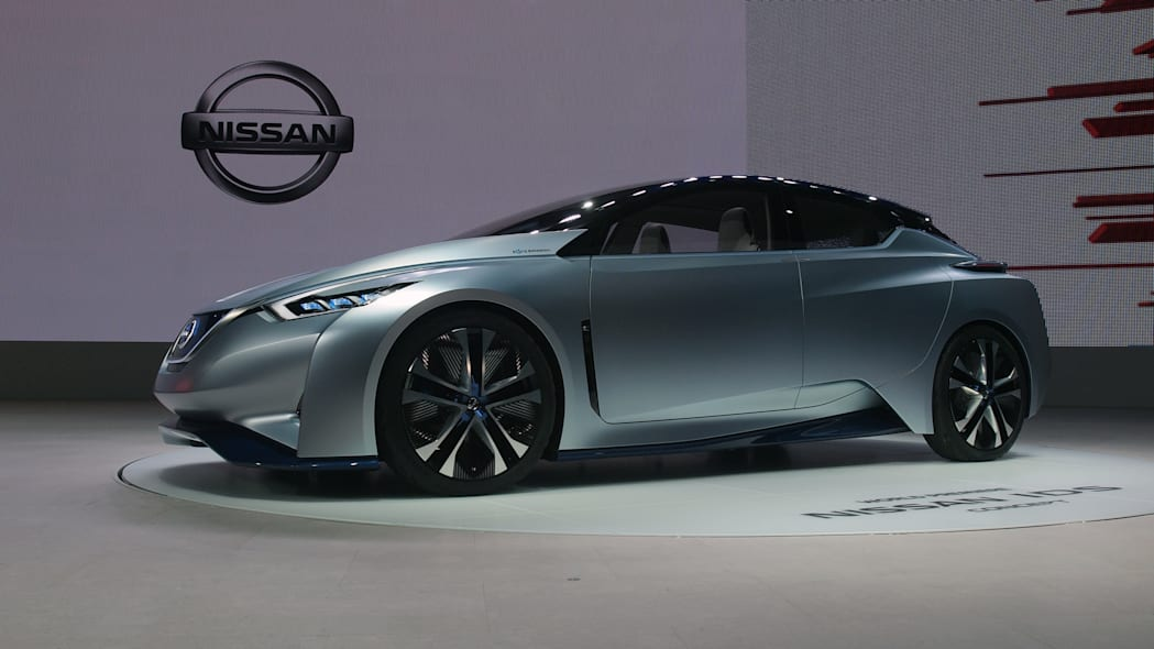 Nissan IDS Concept front side view