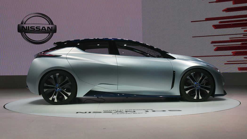 Nissan IDS Concept side view