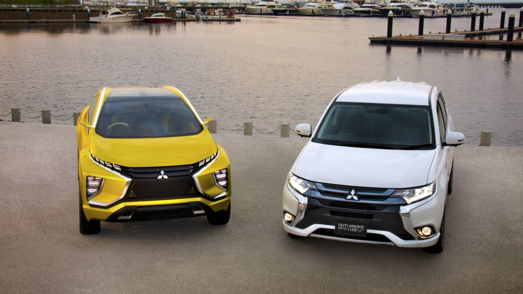 yellow mitsubishi ex concept with outlander