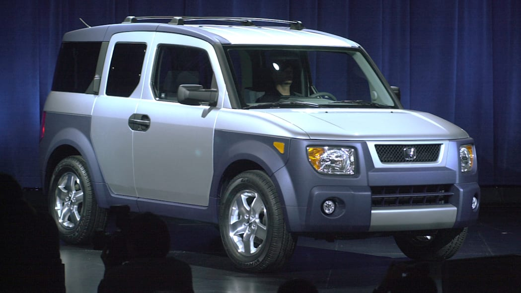 Honda Element in two-tone silver and gray
