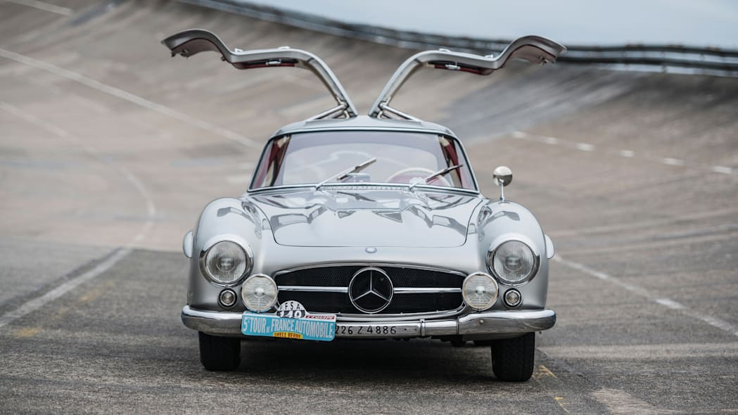 Mercedes-Benz 300 SL Sportabteilung Gullwing front doors up