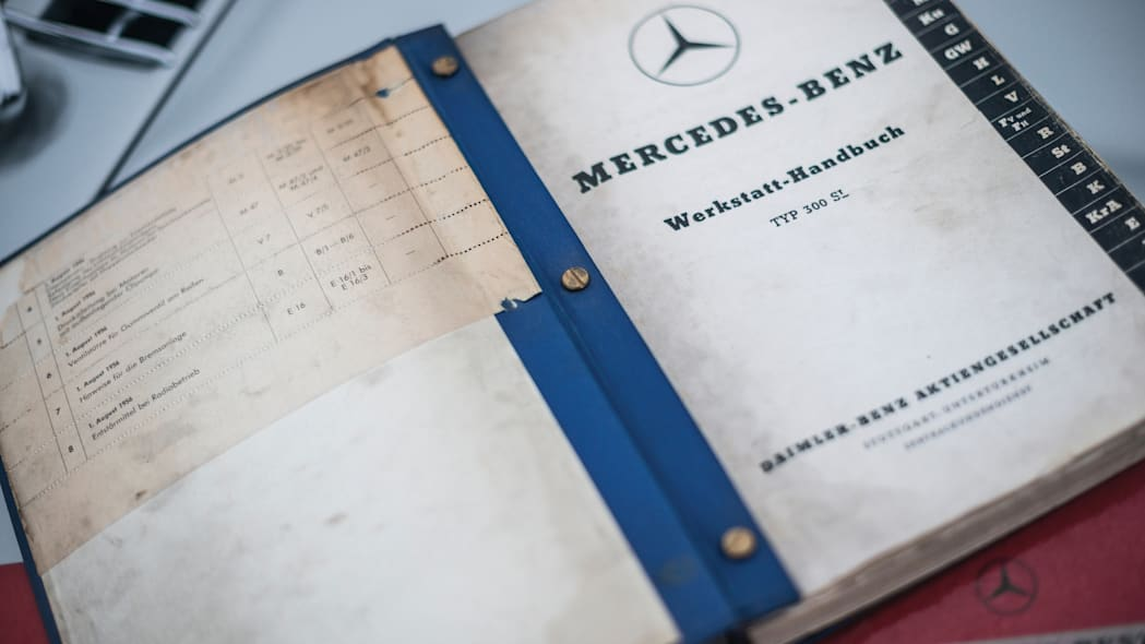 Mercedes-Benz 300 SL Sportabteilung Gullwing documents