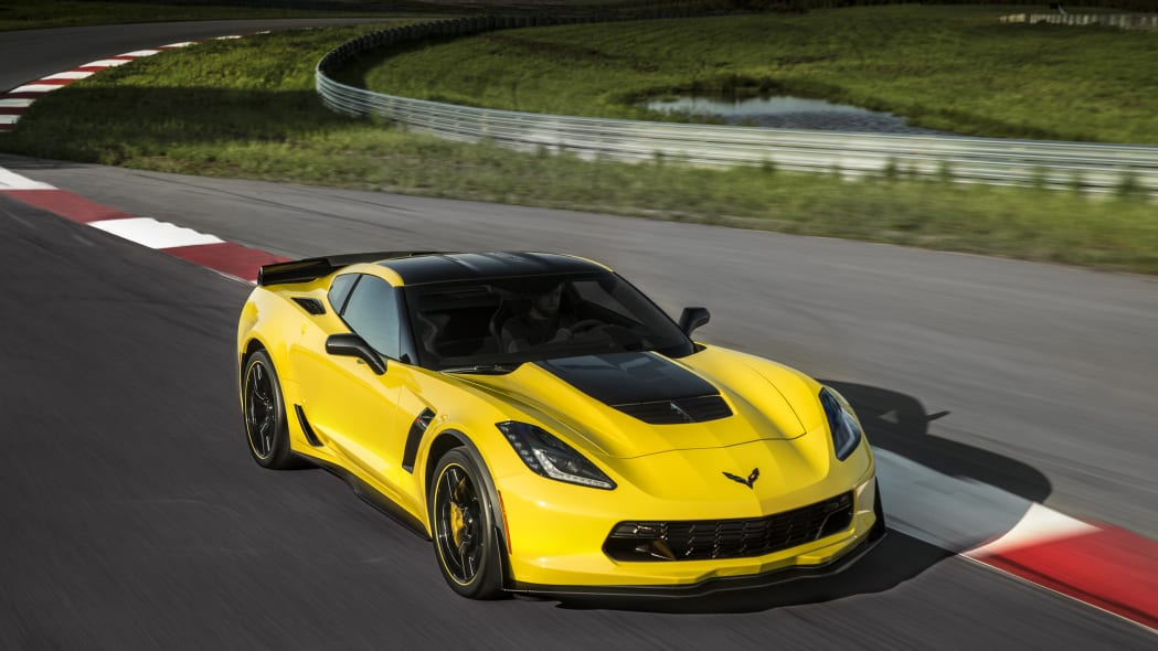 2016 Chevy Corvette Z06 C7.R Edition front 3/4