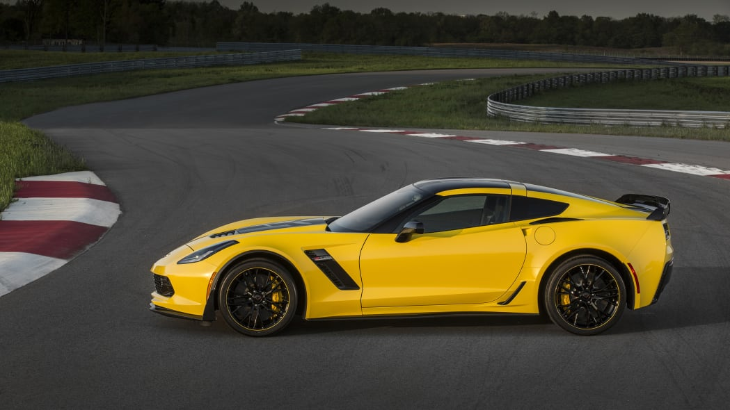 2016 Chevy Corvette Z06 C7.R Edition profile