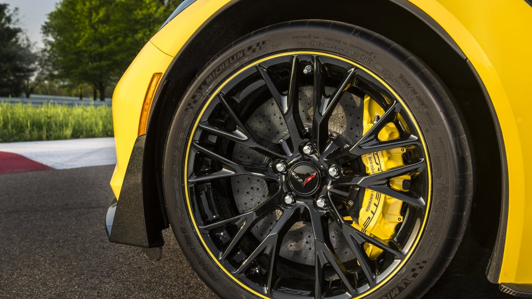 2016 Chevy Corvette Z06 C7.R Edition wheel