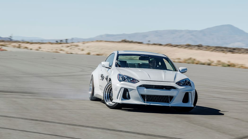 Hyundai Genesis Coupe Solus by ARK Performance moving track