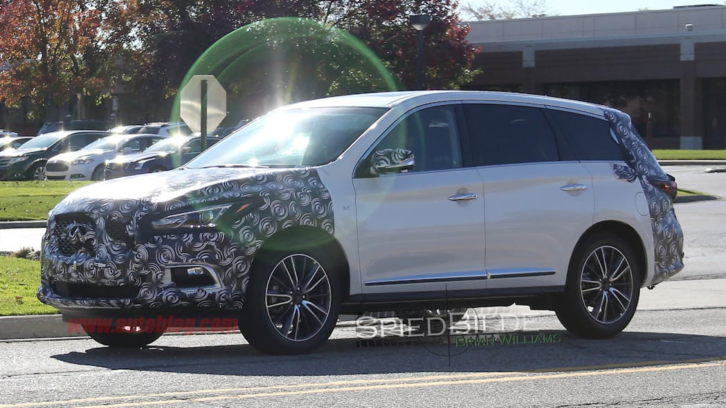 Infiniti QX60 spied side front 3/4