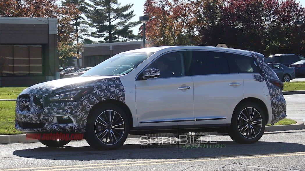 2016 Infiniti QX60 spied side front 3/4