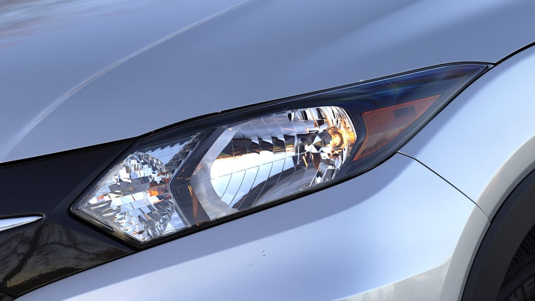 2016 Honda HR-V headlight