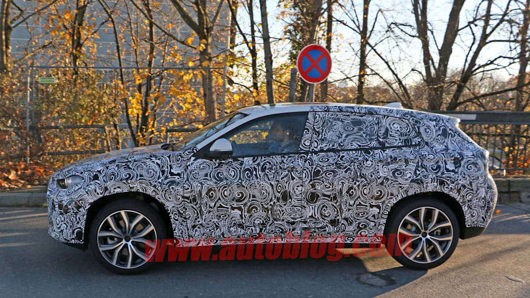 crossover cuv bmw x2 profile camouflage spied