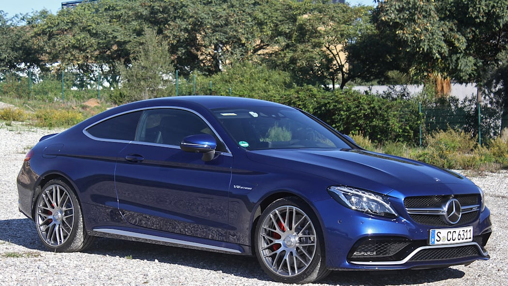 2017 Mercedes-AMG C63 Coupe front 3/4 view