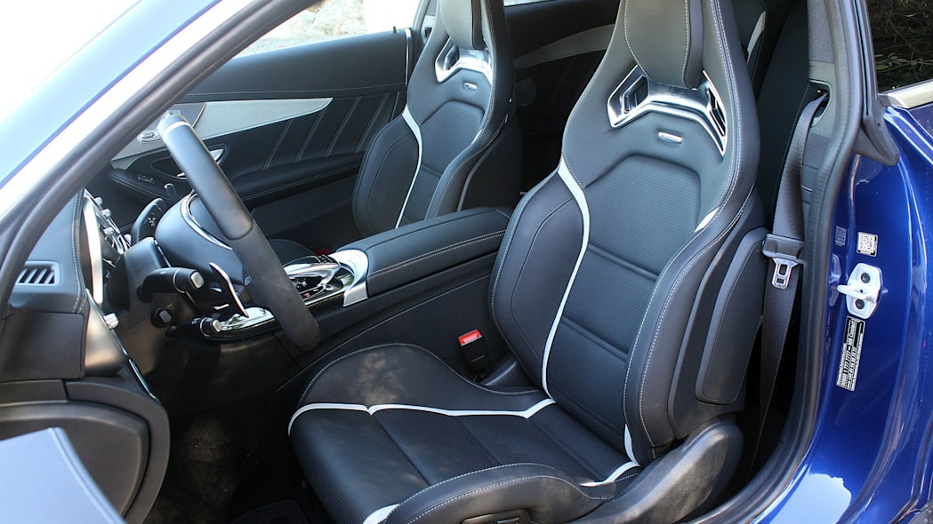 2017 Mercedes-AMG C63 Coupe front seats