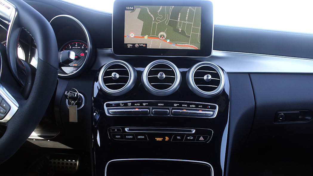 2017 Mercedes-AMG C63 Coupe instrument panel