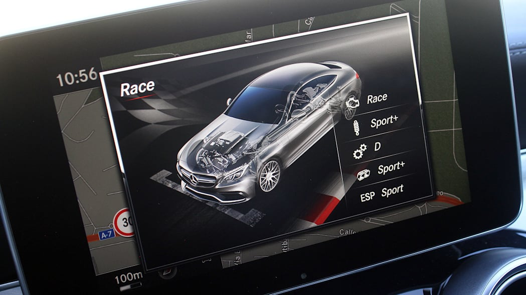 2017 Mercedes-AMG C63 Coupe infotainment system