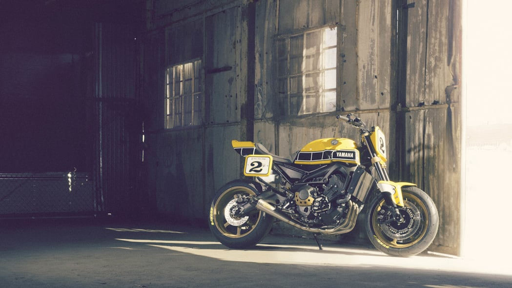 Yamaha 900 Faster Wasp Roland Sands Design barn