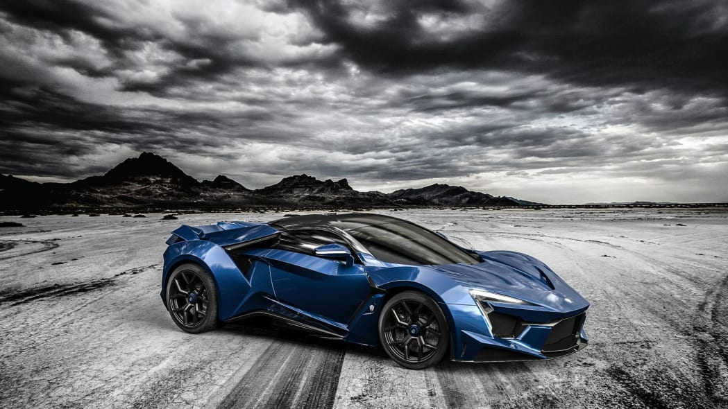 W Motors Fenyr SuperSport blue front 3/4