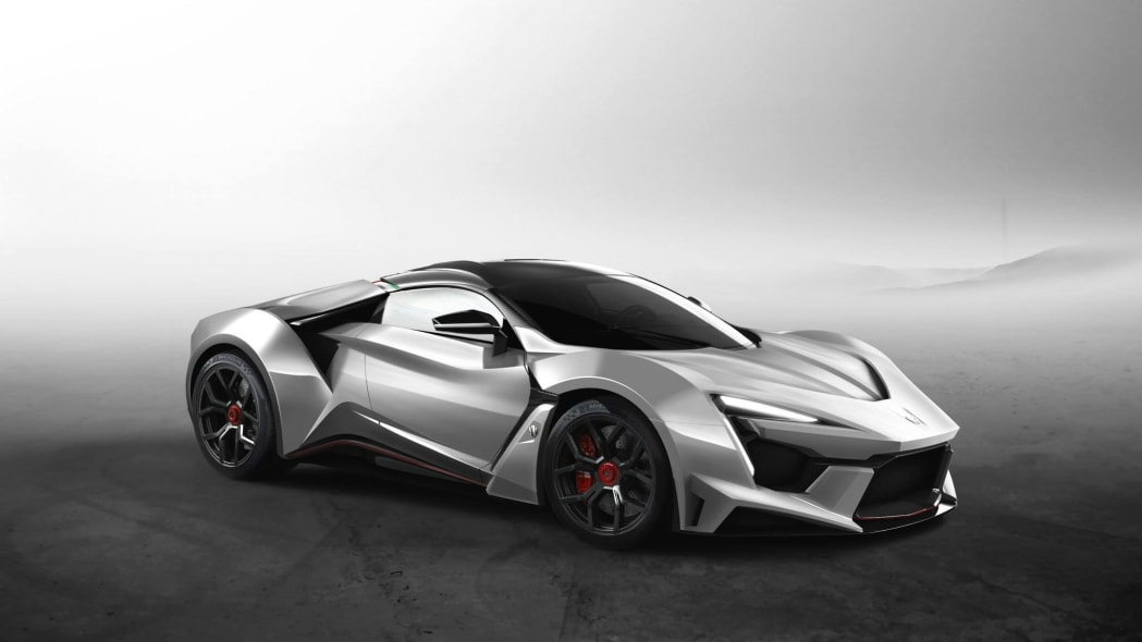 W Motors Fenyr SuperSport static silver front 3/4