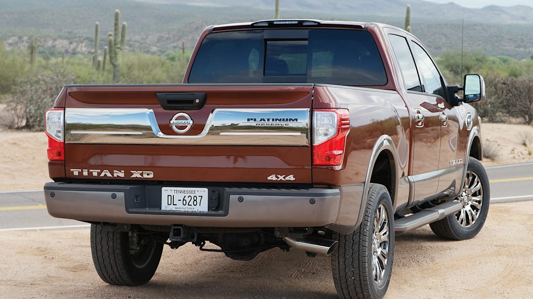 2016 Nissan Titan rear 3/4 view