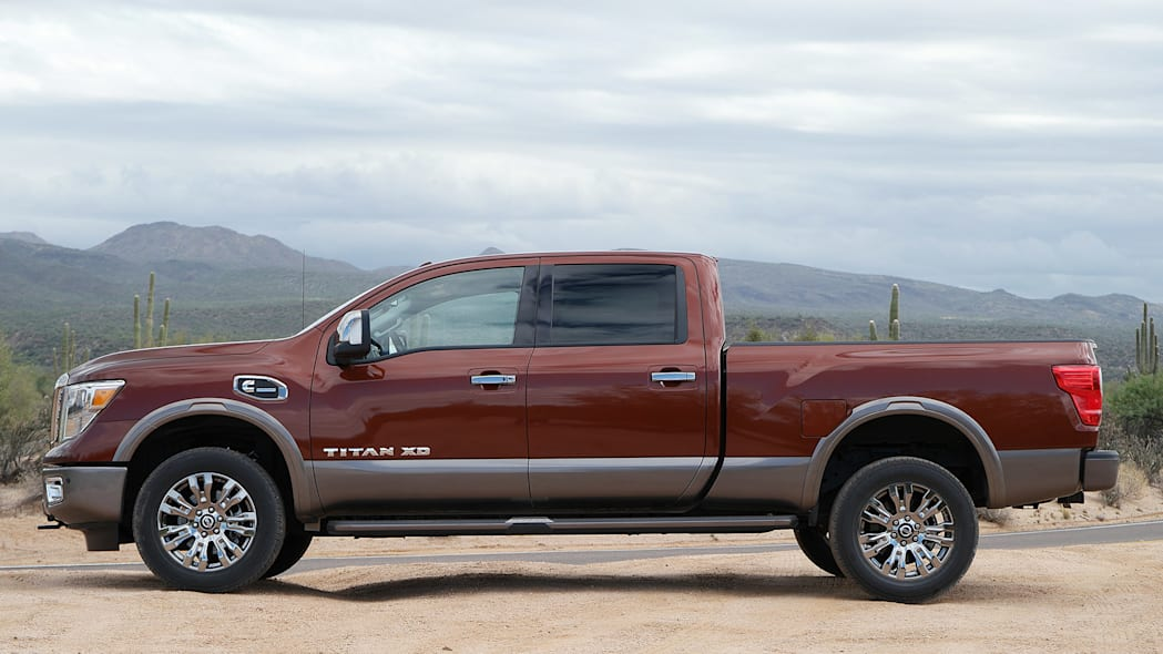 2016 Nissan Titan side view