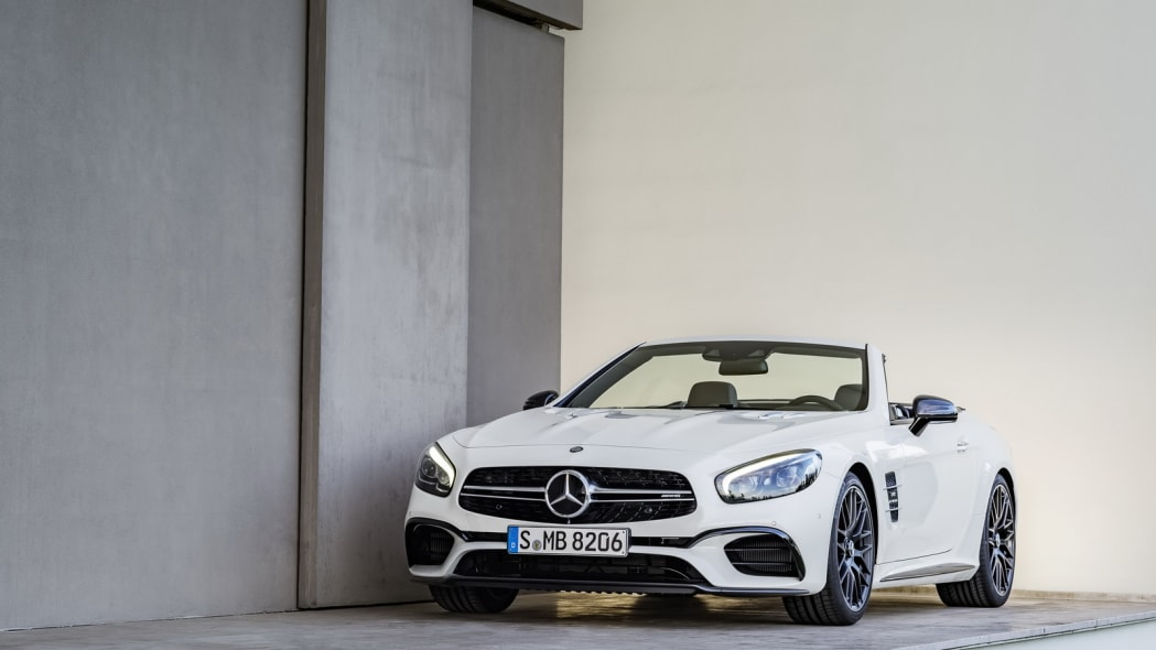 white 2017 mercedes sl front building