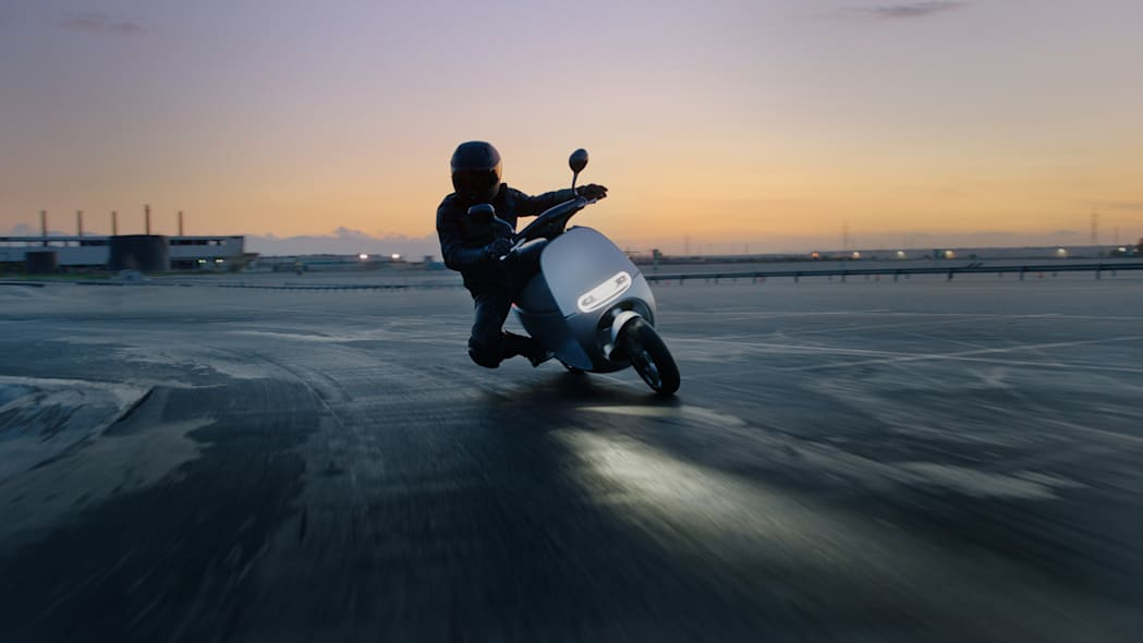 Gogoro Smartscooter on the road