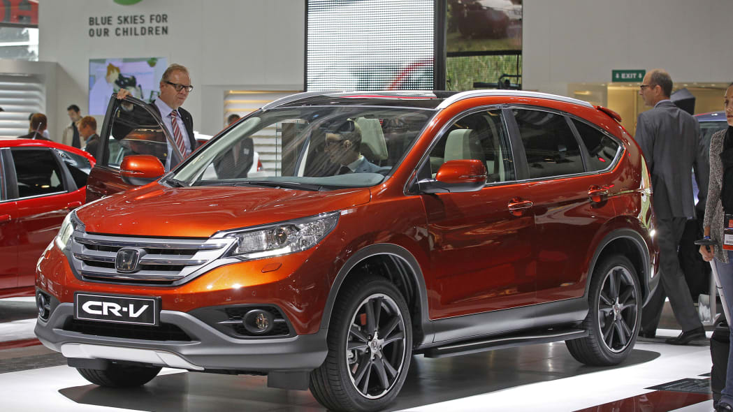 2016 Honda CR-V small crossover in orange