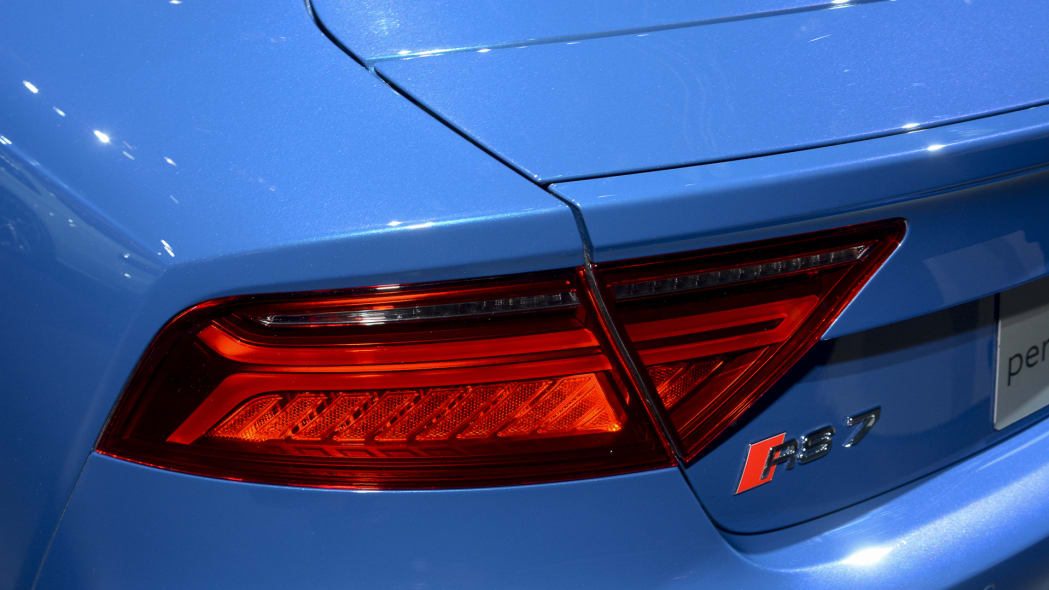 rs7 performance badge la auto show audi taillights