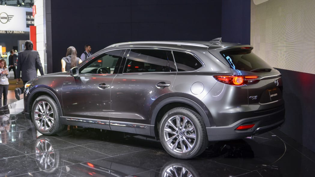 2017 mazda cx-9 rear gray metal