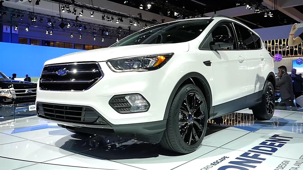 2017 Ford Escape | LAAS 2015 | Beauty-Roll