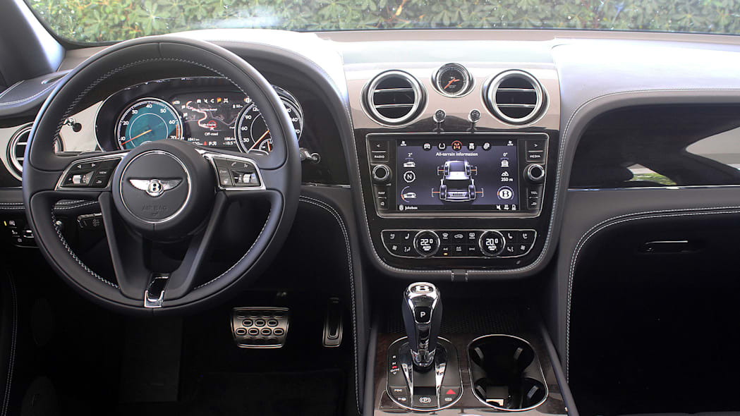 2016 Bentley Bentayga interior
