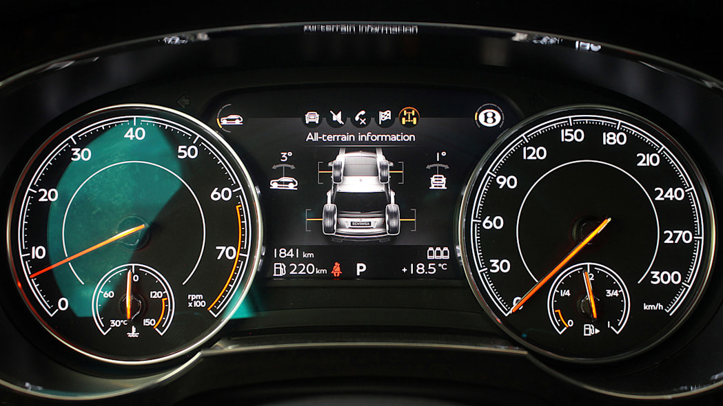 2016 Bentley Bentayga gauges