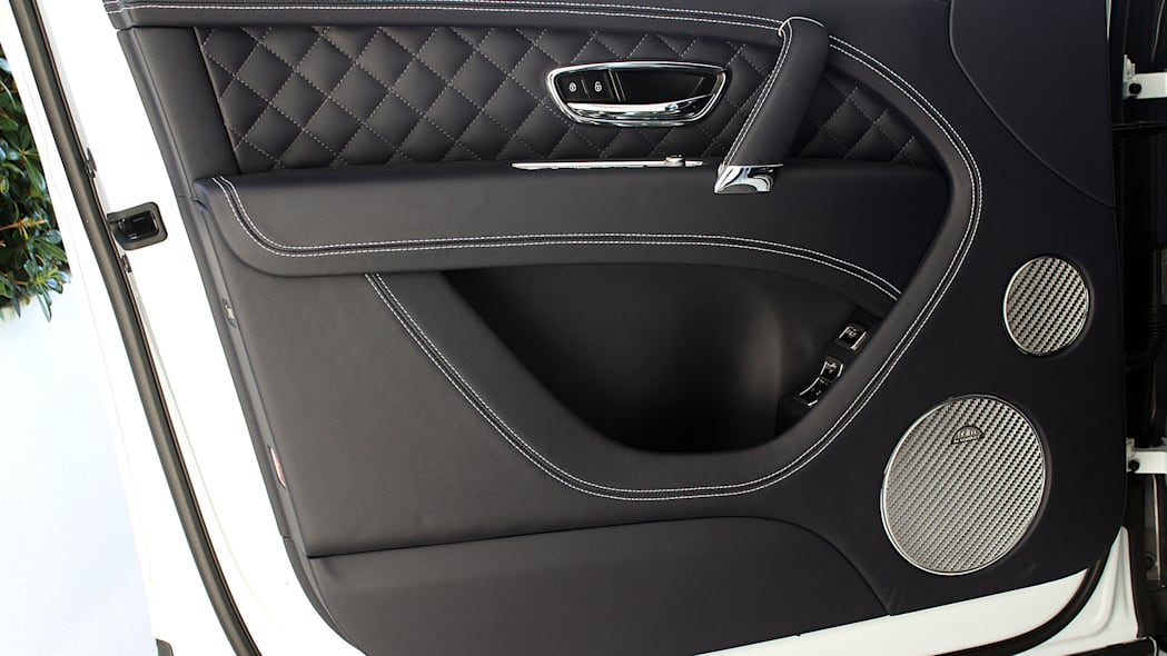 2016 Bentley Bentayga door