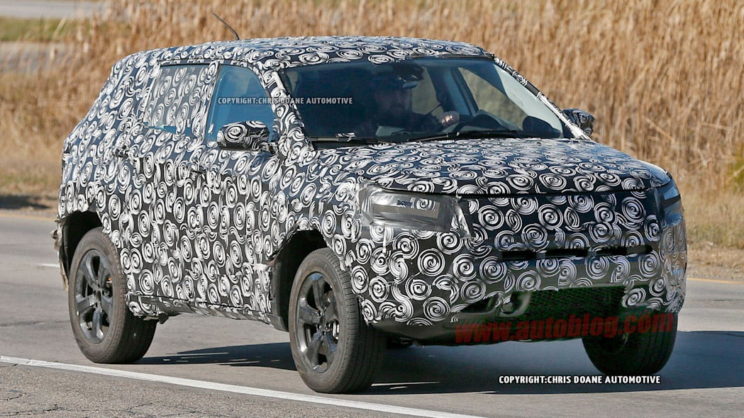 Jeep compact crossover spied