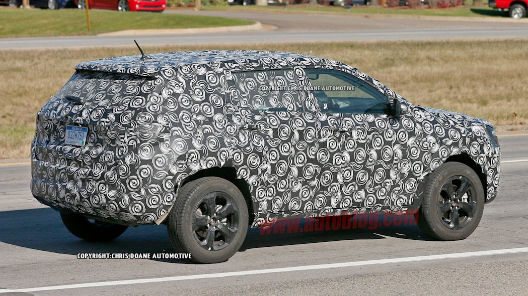 2017 Jeep compact crossover spied rear 3/4